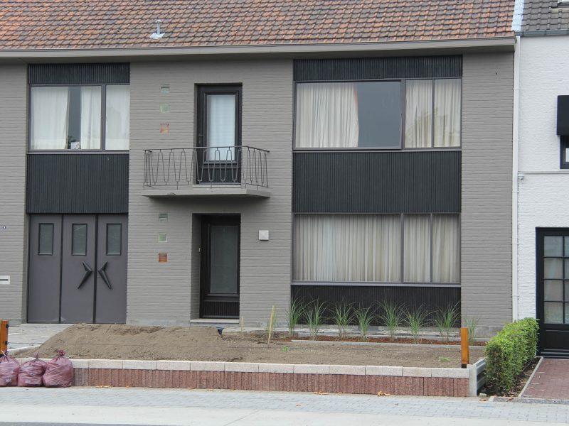 3 schilderen voorgevel aanpalende woning
